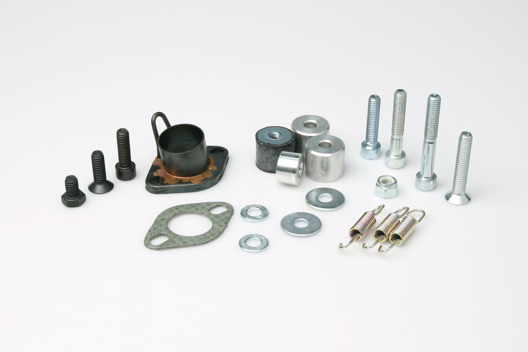 CONNECTION/BOLTS KIT for EXHAUST SYS. - Spare part for EXHAUST SYSTEMS 3211206 - 3212799 : out of production